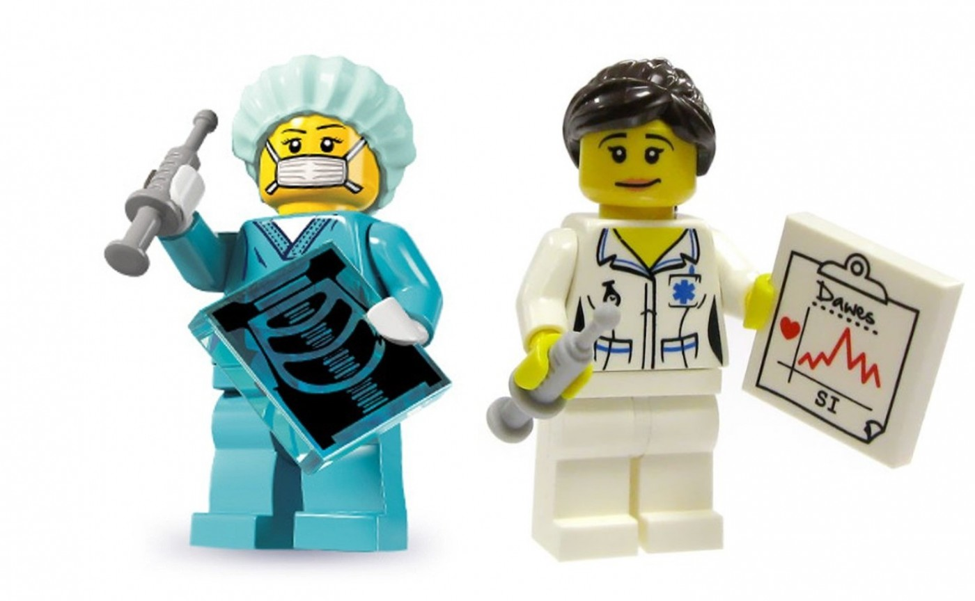 lego doctor and nurse